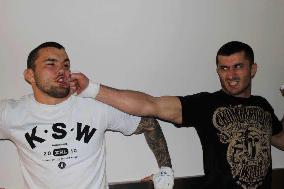 Mamed Khalidov na początku swojej kariery w KSW, foto: khalidovmamed.pl