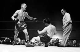 Tony Zale nokautuje rywala, boxingnews. net,