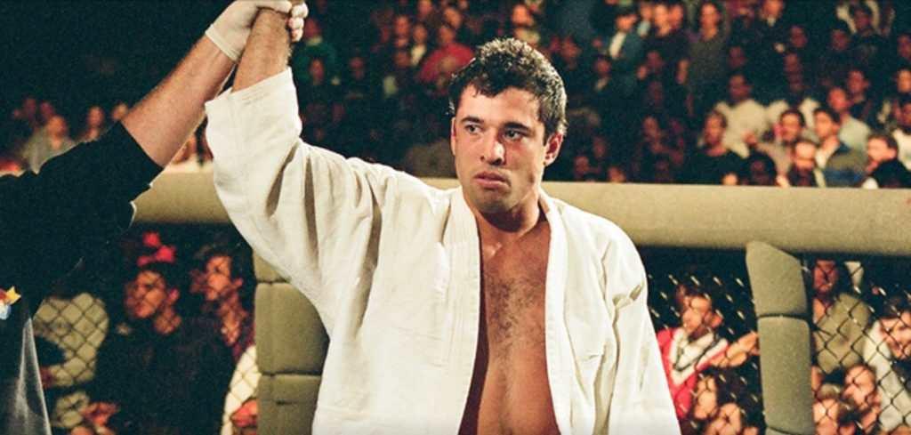Royce Gracie to zwycięzca pierwszego UFC, chirpcitybsu.com
