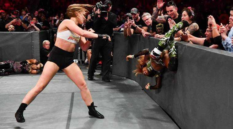 Ronda Rousey wygrywa w WWE