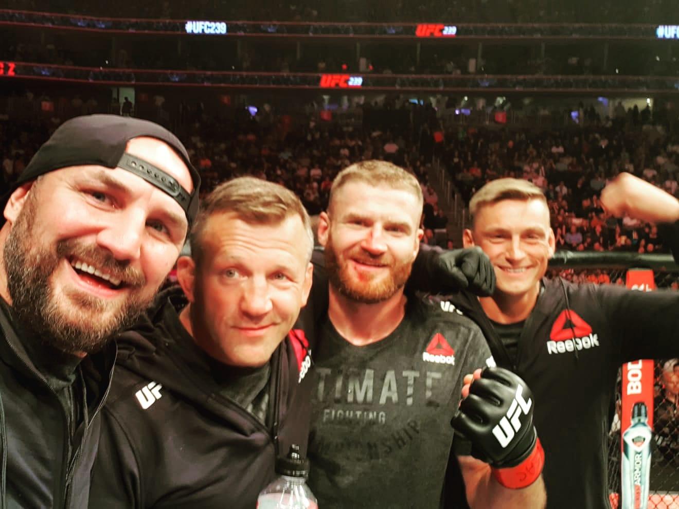 Jan Błachowicz przed walką o pas UFC: Będę potrzebował waszego wsparcia! - MMA PL