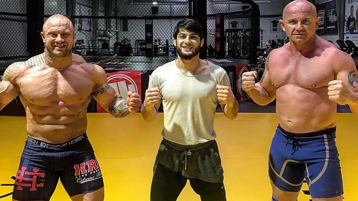 FAME MMA 8: Krystian Pudzianowski pomaga w przygotowaniach ...