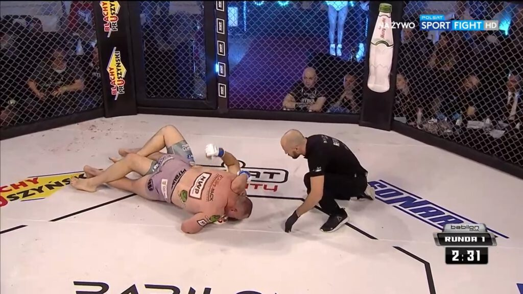 Babilon MMA 22 Sylwester Kołecki